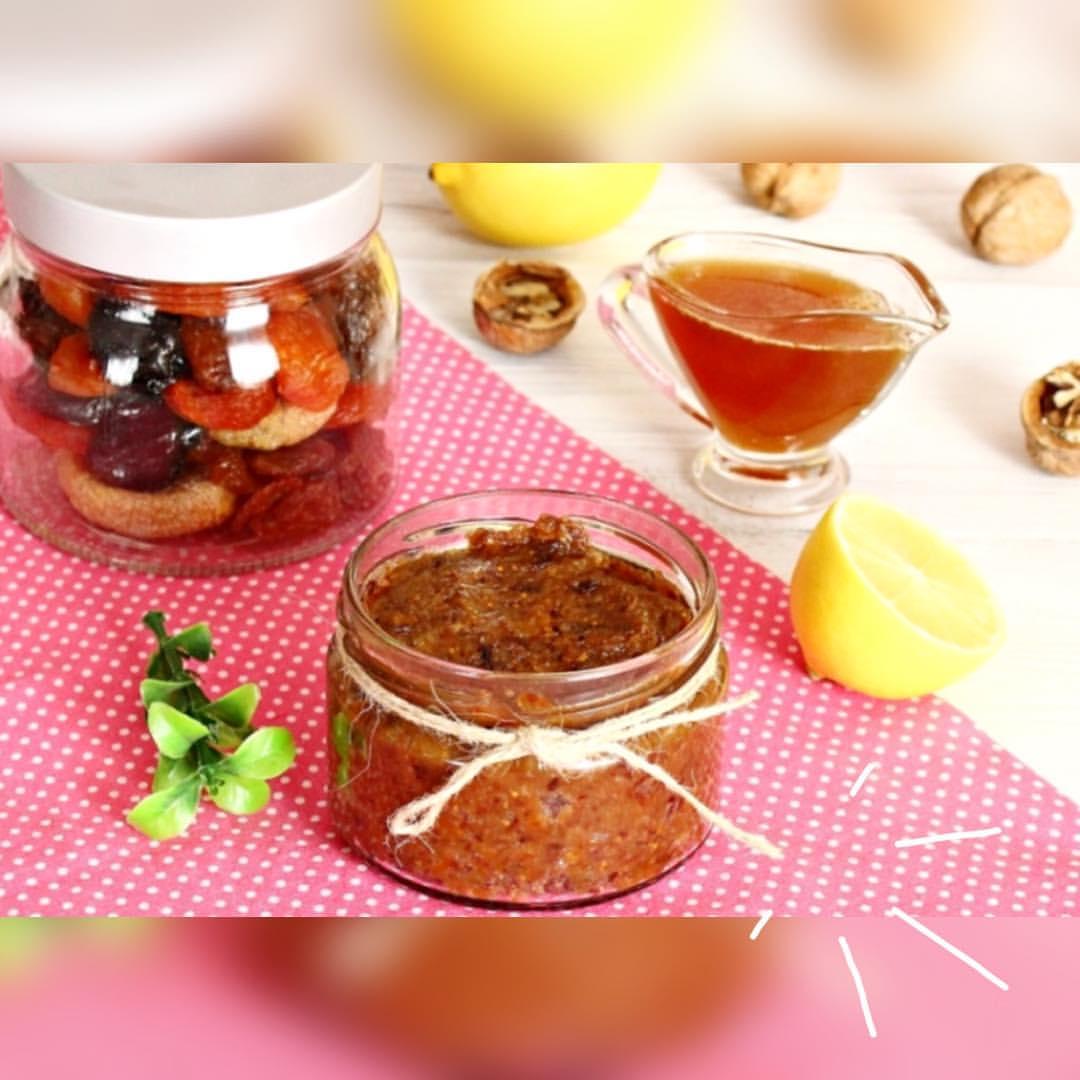 смесь сухофруктов и орехов фото
